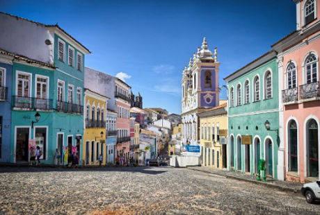 Thành phố thu hút khá nhiều du khách bởi nền văn hóa đa sắc màu