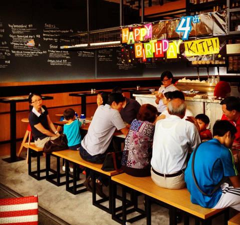 quan-cafe-chat-singapore-11-ivivu