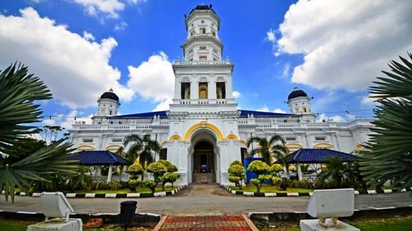 sultan_abu_bakar_mosque-ivivu