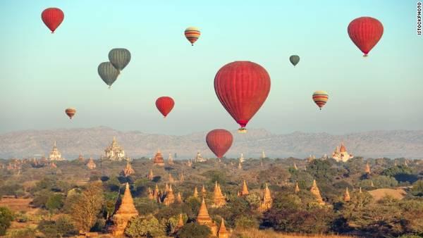 Dạo chơi bằng khinh khí cầu ở Bagan, Myanmar