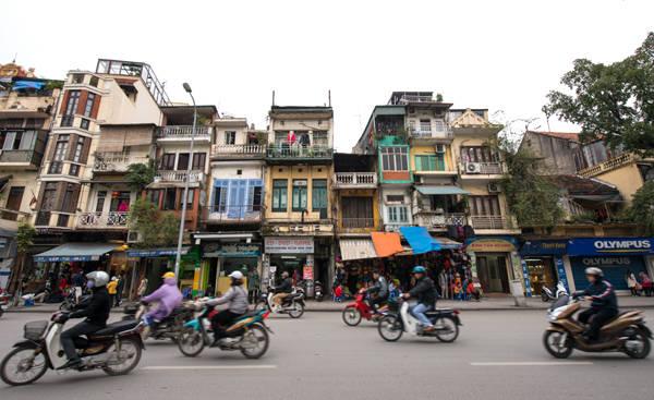 Chụp ảnh kiến trúc ở phố cổ Hà Nội