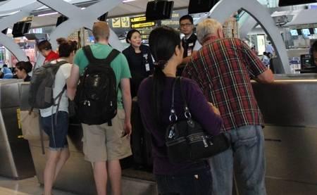 Phải xoè 700USD hoặc 2000 bath ra ngang mặt mới được làm thủ tục nhập cảnh vào Thái Lan là sự sỉ nhục đối với du khách Việt (ảnh minh họa)