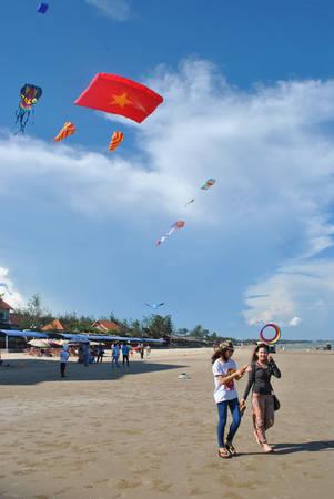 Con diều Tổ quốc Việt Nam 320 m2 tung bay trên bầu trời Vũng Tàu.