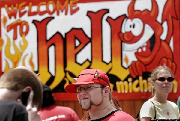 """""""Hell"""" (Địa ngục) chỉ là một thị trấn nhỏ thú vị ở thành phố Michigan, Mỹ"""