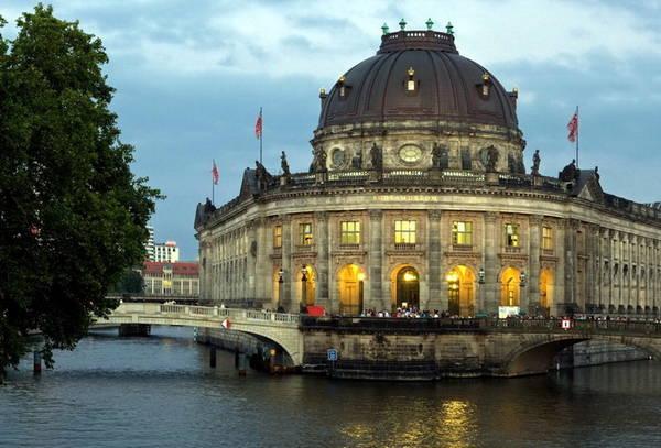 Bảo tàng Đảo ở Berlin, Đức