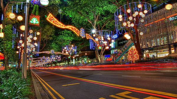 Đại lộ Orchard là thiên đường giải trí và mua sắm chính ở Singapore