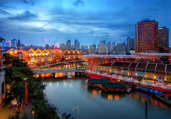 Clarke Quay là một phần quá khứ của Singapore còn tồn tại tới ngày nay