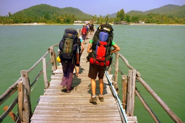 Du lịch thế giới không tốn một xu