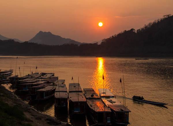 """Luang Prabang - Thành phố """"hoàng hôn"""""""