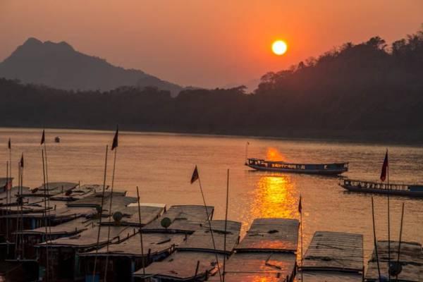 Du lich Lao an tuong voi  thanh pho hoang hon Luang Prabang ivivu 4