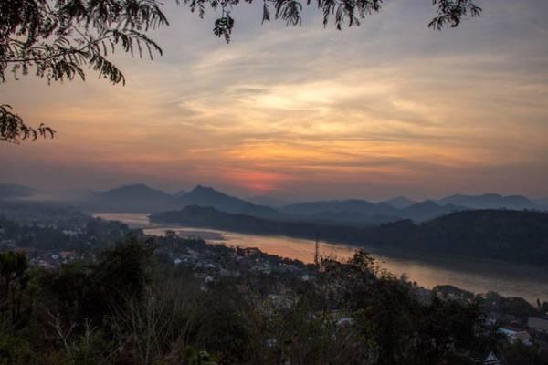 Du lich Lao an tuong voi  thanh pho hoang hon Luang Prabang ivivu 8