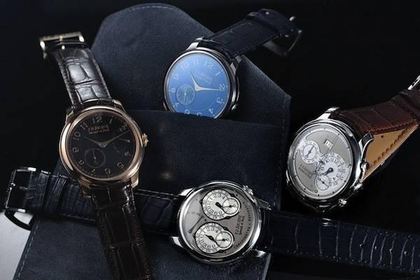 """Chợ Bình Tây và Thương Xá Tax, là nơi bạn nến ghé nếu muốn """"rinh"""" về những chiếc đồng hồ hợp thời trang."""