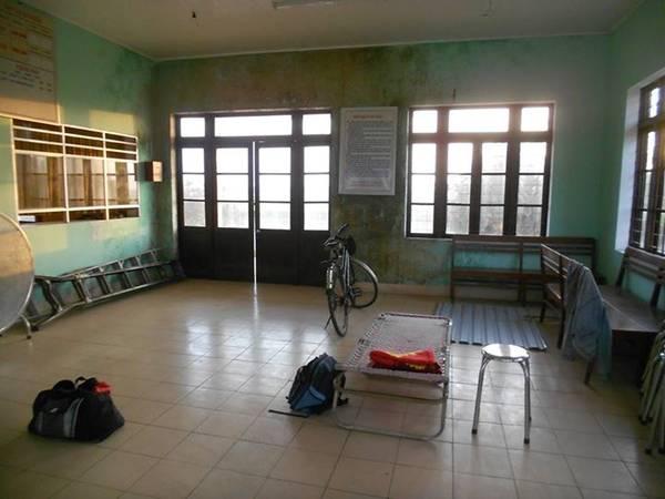 Ngủ nhờ ở Ga Trì Bình - Quảng Ngãi.