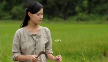 """Diễn viên Midu được đông đảo khán giả biết đến nhờ vai diễn """" nàng Xuân Hoa"""" trong phim."""