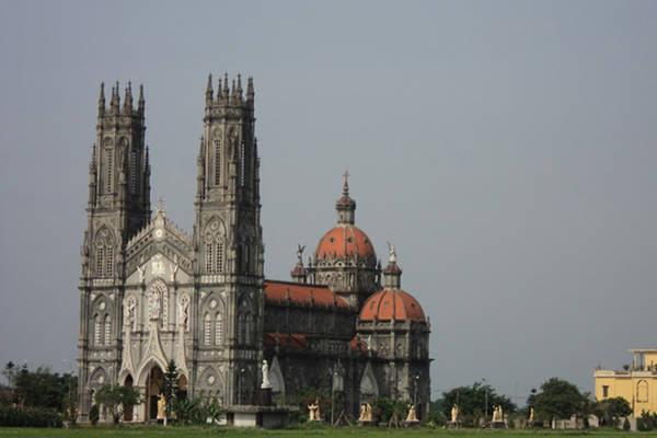 Nhà thờ Giáo xứ Vinh Phú