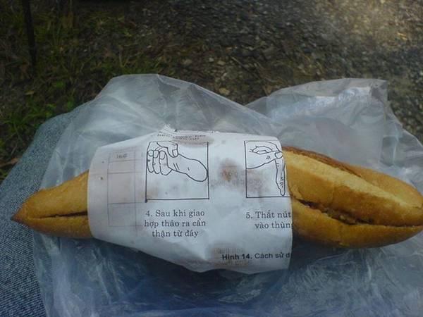 Lót dạ tạm bằng ổ bánh mì để có sức leo đèo.