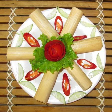 Món cơm lam đặc trưng của Sapa