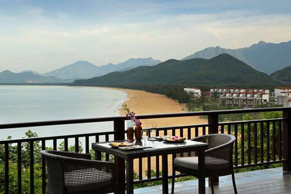 nhung-resort-o-viet-nam-co-view-dep-me-hon-14-ivivu