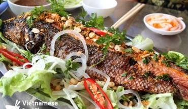 two-popular-street-food-in-ca-mau-province_ca_loc_nuong_trui