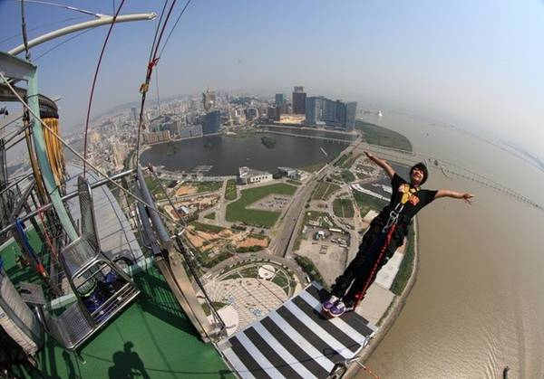 Du lịch Macao nhảy bungee