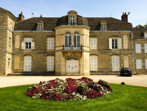 Lâu đài ở Beaune, Pháp