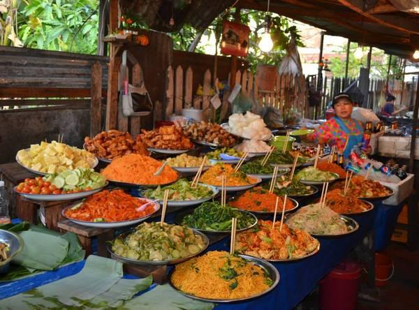 Ẩm thực phong phú của Lào