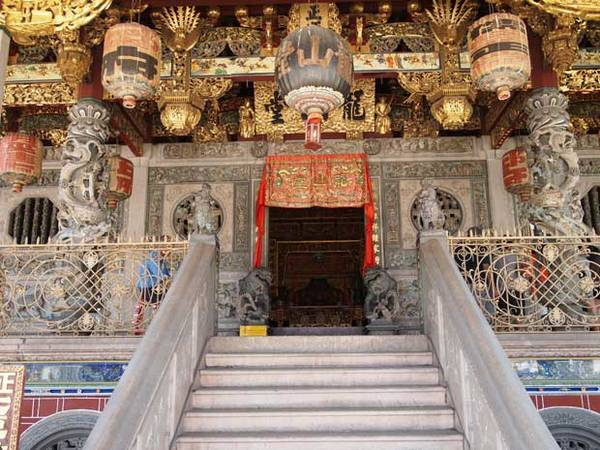 Du lich Penang - Phố cổ George Town ở Penang là một ví dụ tốt nhất thể hiện cho nền văn hóa phog phú của Malaysia.