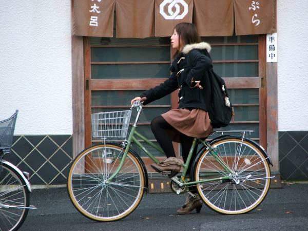 Du lich Nhat Ban - Đi xe đạp trong công viên