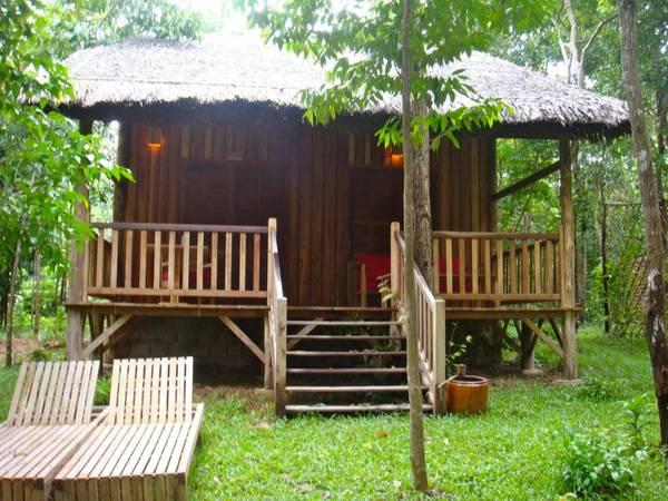 Du lich Phu Quoc - Những căn nhà gỗ ở Mango Bay được du khách rất yêu thích.
