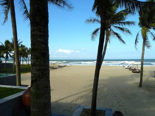 Du lich Hoi An - Bãi biển đẹp và yên tĩnh, là một nơi lý tưởng để nghỉ ngơi, thư giãn.