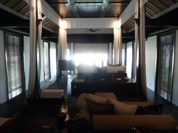 Du lich Hoi An - Nội thất sang trọng bên trong của Khu nghỉ dưỡng The Nam Hải