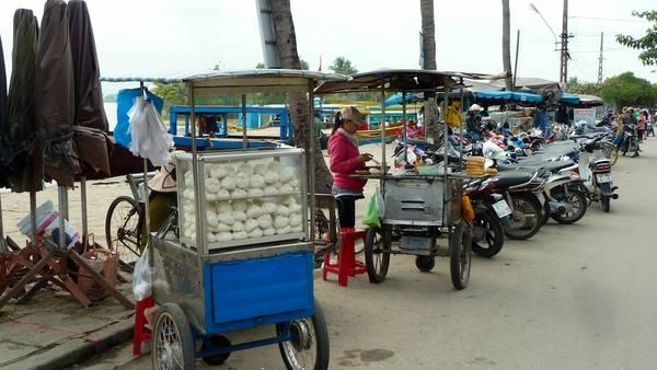 Du lich Hoi An - Những món ăn đường phố của Hội An luôn mang những hương vị đặc trưng rất riêng.