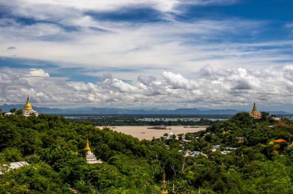 Tầm nhìn tuyệt đẹp nhìn từ đỉnh của Sagaing Hill