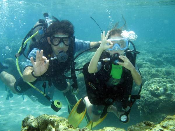 Du lich Nha Trang - Du khách sẽ được lặn biển để nghiên cứu khám phá hệ sinh thái biển da dạng và phong phú.