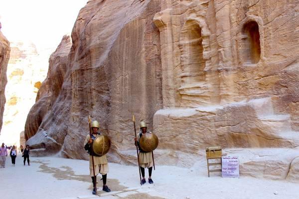 Du lich Jordan - Lối vào thành cổ Petra