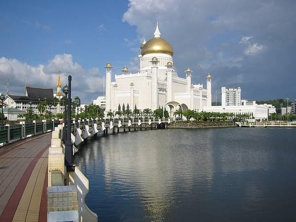 Du lịch Brunei không cần visa.