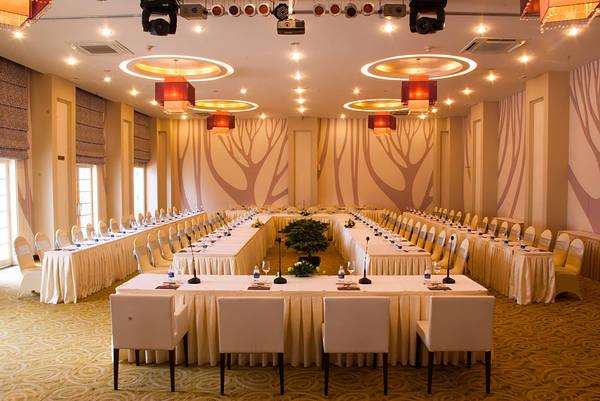 Khách sạn Ngọc Lan Đà Lạt - Phòng hội nghị sang trọng.
