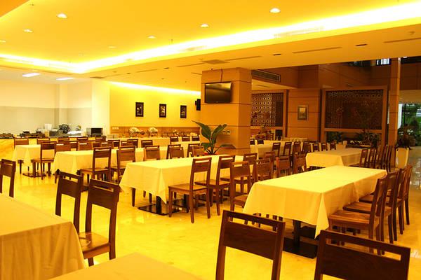 Khu vực nhà hàng. Ảnh: iVIVU.com