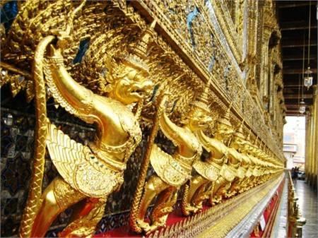 Du lịch Thái Lan gặp khó khăn vì quy định xuất nhập cảnh