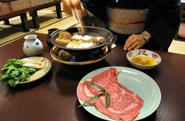 Du lich Nhat Ban - Nhà hàng Sukiyaki