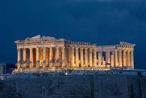 du lịch châu Âu -  Người ấm áp như Cự Giải sẽ cảm thấy hài lòng với kỳ nghỉ ở thành phố Athens, Hy Lạp.