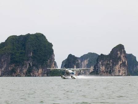Du lịch Hạ Long - Thủy phi cơ mở ra cơ hội  mới cho du lịch Hạ Long - Ảnh: TMG