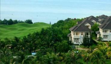 Khu nghỉ dưỡng sở hữu Sân Golf 18 lỗ liền biển duy nhất tại Việt Nam. Ảnh: iVIVU.com