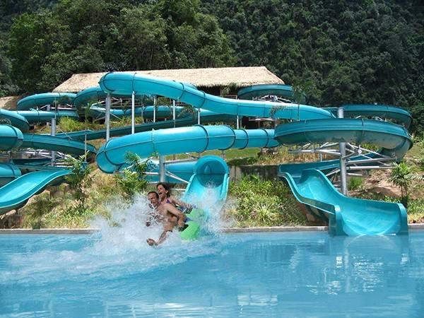 Du lịch Malaysia - Công viên nước biển Wet World Wild Adventure.