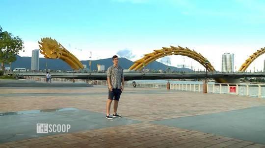Cầu rồng phun lửa xuất hiện trong cảnh đầu tiên của chương trình. Ảnh: Intercontinental Danang Resort.