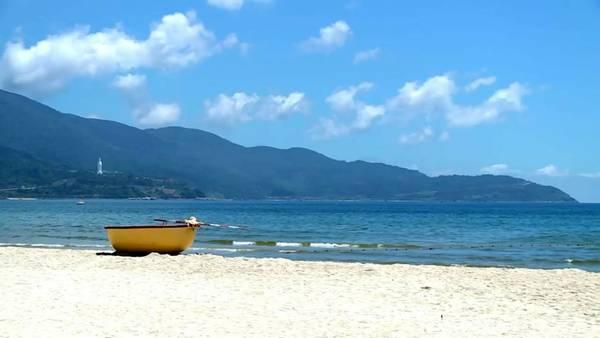 Bãi biển Mỹ Khê: Ảnh: Intercontinental Danang Resort.