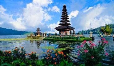 Du lịch Bali từ lâu đã là điểm đến lý tưởng cho những khách du lịch tiết kiệm, hoặc những khách ba lô muốn tự mình khám phá những vùng đất huyền bí. Ảnh: Elvera Venus Tandog