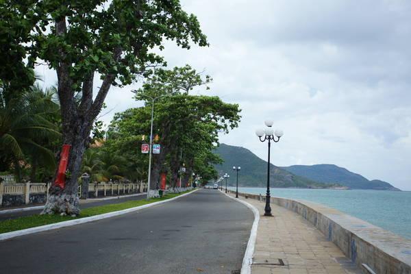 Du lịch Côn Đảo - Hình ảnh bất khuất của liệt nữ Võ Thị Sáu luôn đồng hành cùng địa danh Côn Đảo. Ảnh quandoantanbinh.