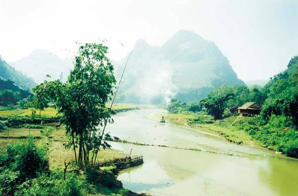 Du lịch Thanh Hóa - Vua Bảo Ðại, ông vua cuối cùng của triều Nguyễn cũng xây biệt thự riêng ở Sầm Sơn. Ảnh ST.