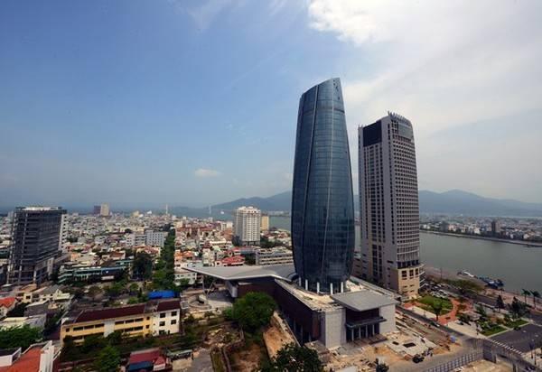 Tòa hành chính: Biểu tượng của thành phố Đà Nẵng.